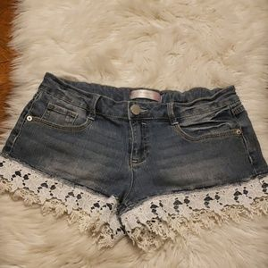 Jr Jean shorty shorts with Lace